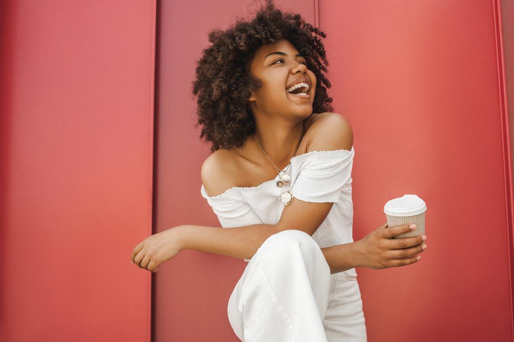 amerikai nő keres afro
