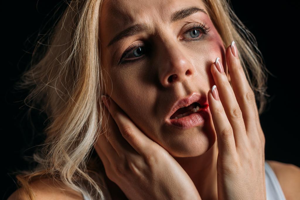 Im mund bluterguss Ohrenschmerzen