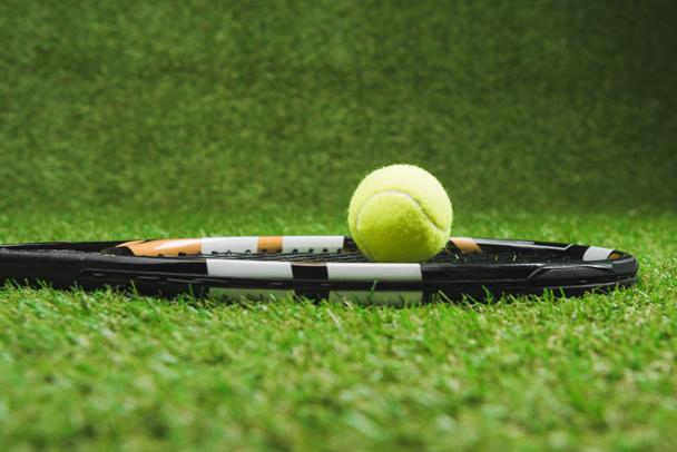 tennis racket and ball - Photo, Image
