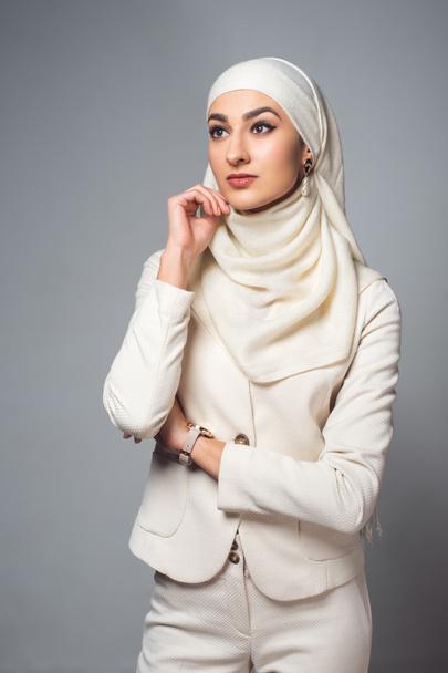 női keresek muzulmán férfit