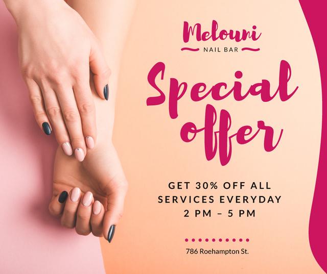 Template di design Beauty Salon Ad Manicured Hands in Pink Facebook