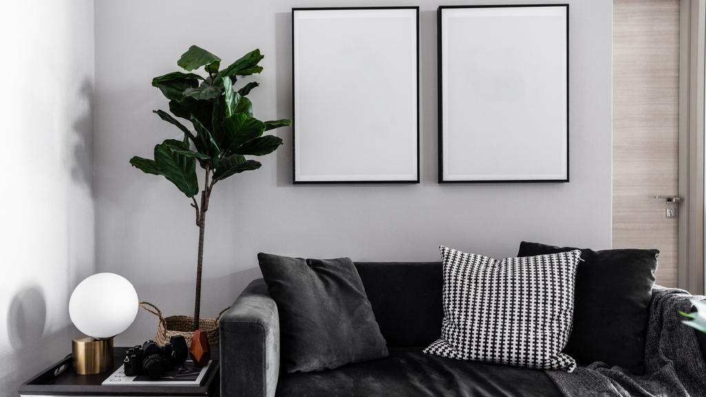 Modern Interior with Sofa in monochrome — Maak een ontwerp