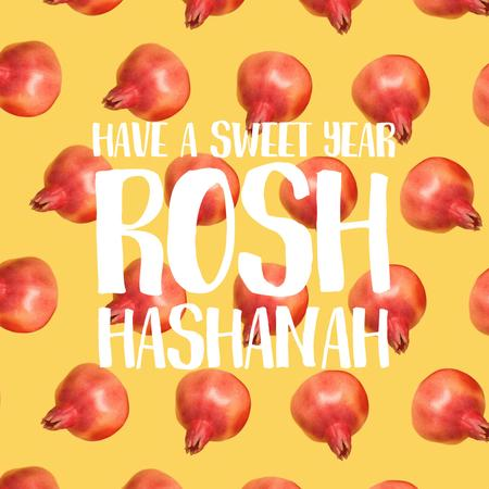 Rosh Hashanah with rotating pomegranates Animated Post Modelo de Design