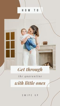 Designvorlage Happy mother with little Child at Home für Instagram Story