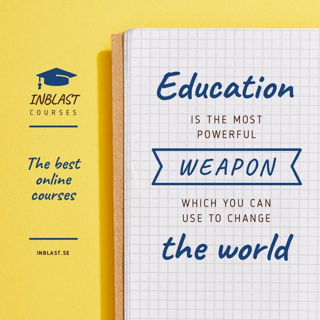 Educational Course Ad with Notebook in Yellow Animated Post – шаблон для дизайна