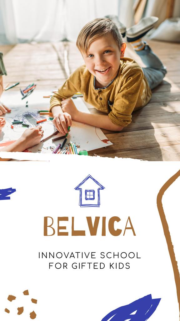 Innovative School promotion and reviews — Crea un design