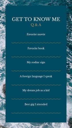 Modèle de visuel Form Get to Know me in Sea background - Instagram Story