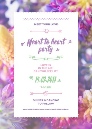 Party Invitation Purple Flowers Flayer Modelo de Design