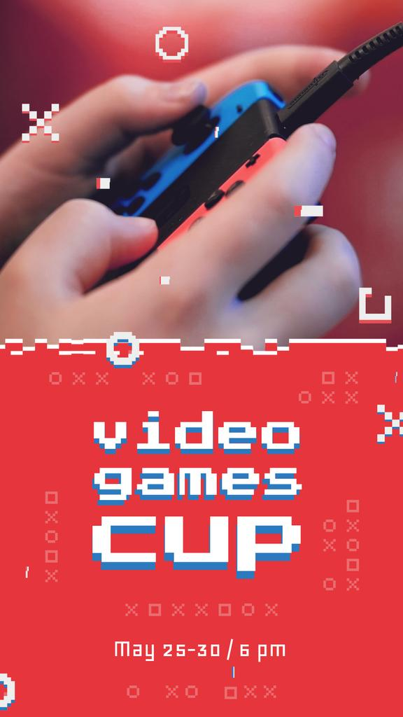 Video Games Ad Hands Holding Gamepad | Vertical Video Template — ein Design erstellen