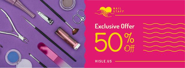 Plantilla de diseño de Makeup cosmetics set Offer in pink Facebook cover