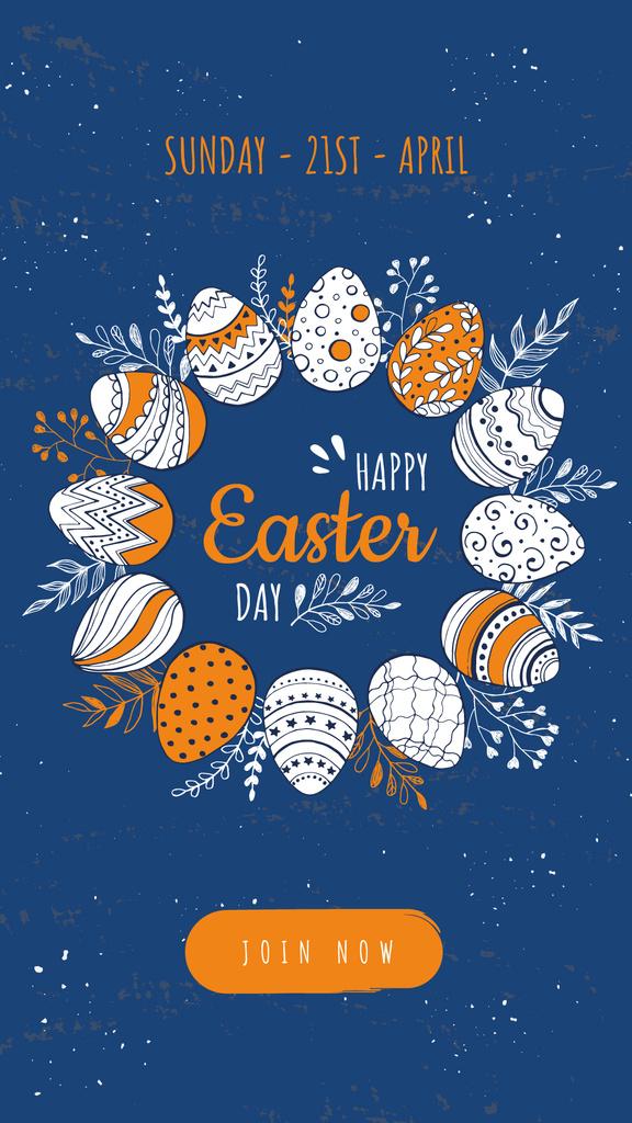 Colored Easter eggs on blue — Créer un visuel