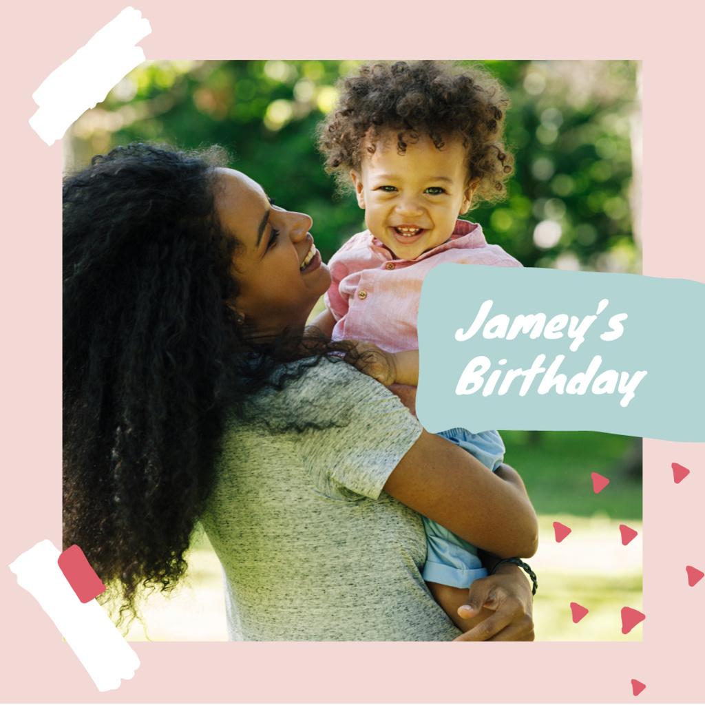Family celebrating their Son's Birthday Photo Book – шаблон для дизайна