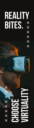 Ontwerpsjabloon van Skyscraper van Virtuality Quote Man Using Vr Glasses