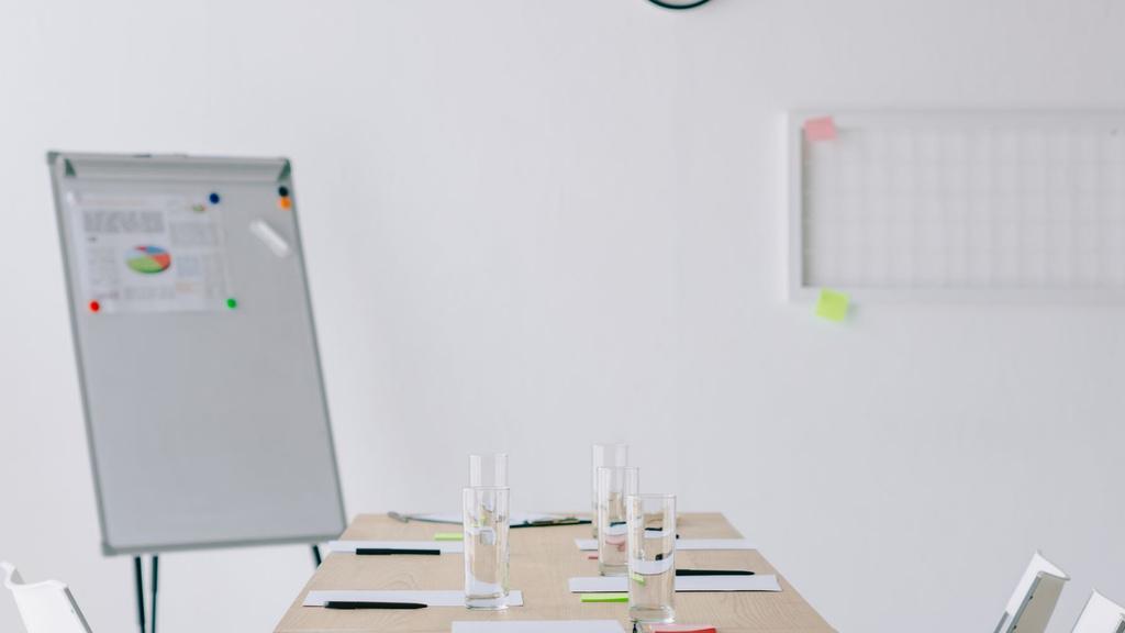 Modern white Office meeting room Zoom Background – шаблон для дизайна