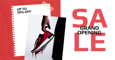 Ontwerpsjabloon van Facebook AD van Shoes Sale Sportsman Holding Sneakers