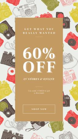 Plantilla de diseño de Cyber Monday Offer with Vintage cameras pattern Instagram Story