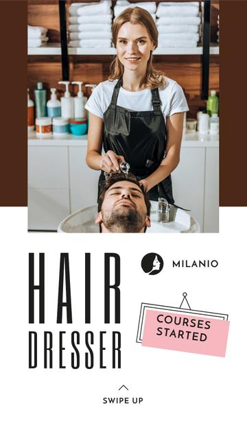Hairdressing Courses stylist with client in Salon Instagram Story Modelo de Design