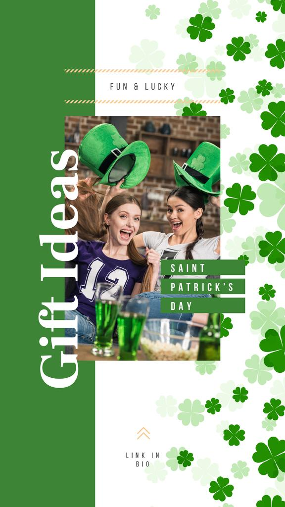 People celebrating Saint Patrick's Day — Créer un visuel
