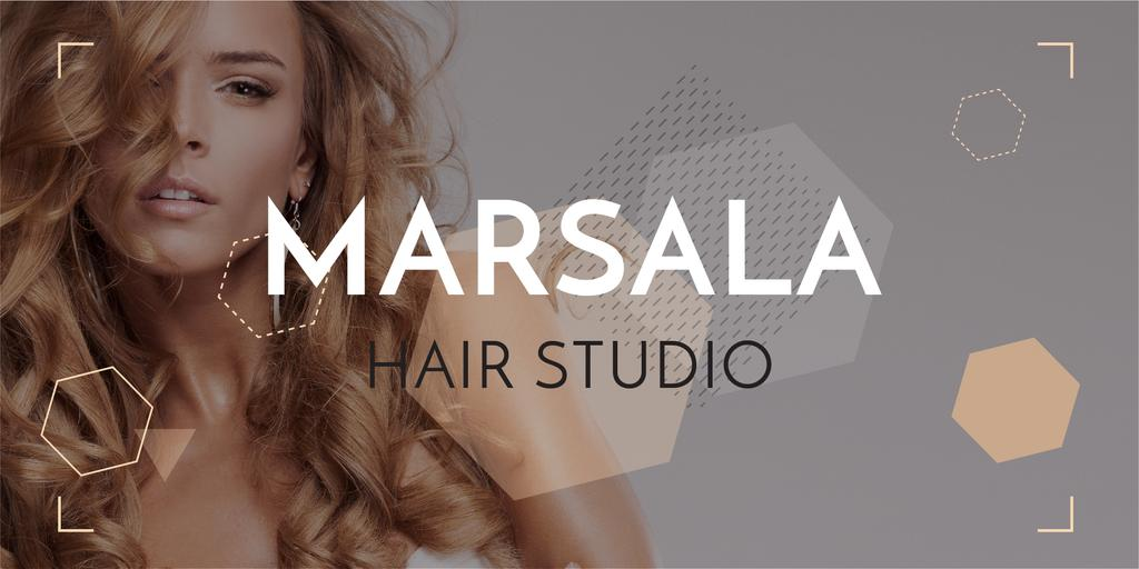 Hair studio Offer with Beautiful Woman — Créer un visuel
