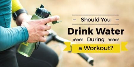 Ontwerpsjabloon van Twitter van Man drinking water during workout
