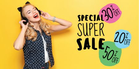 Plantilla de diseño de special super sale yellow banner with young woman in headphones Image