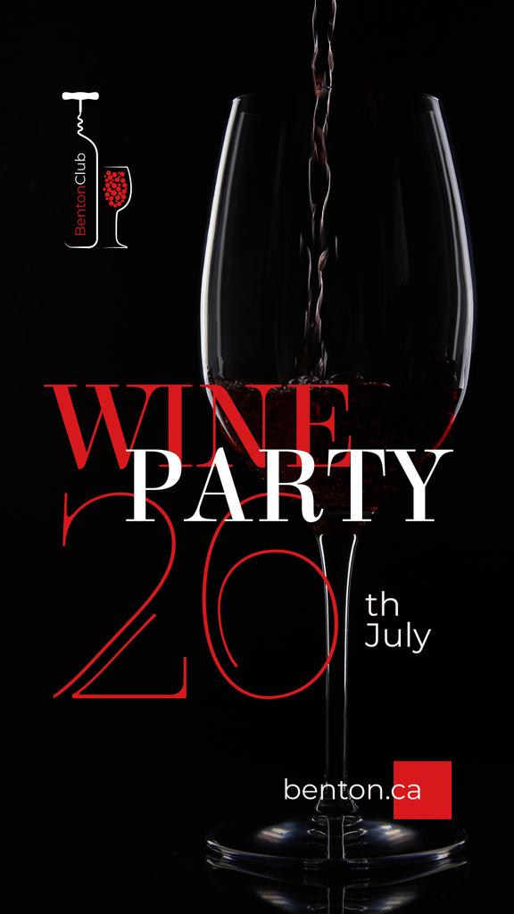 Party Announcement with Red Wine Pouring in Glass — Maak een ontwerp