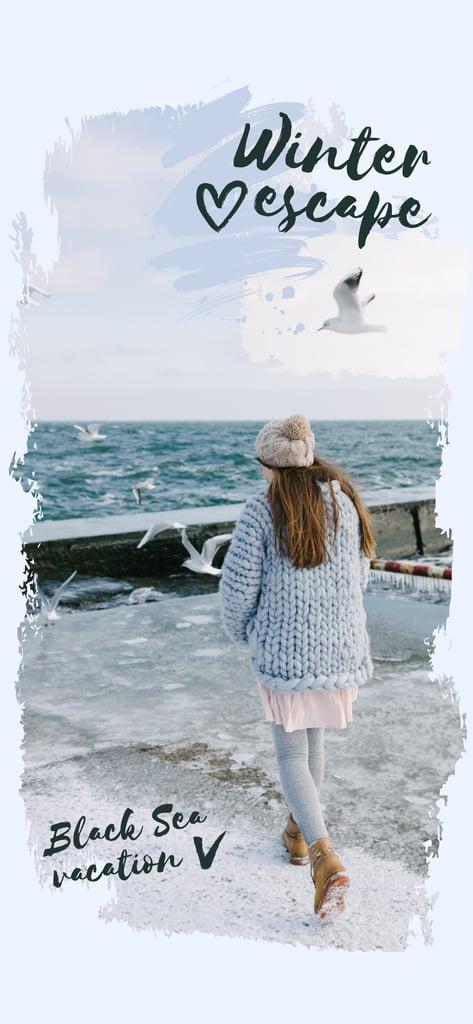 Girl in Chunky Sweater by the Sea — Crear un diseño