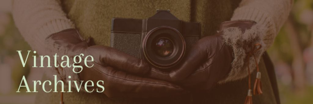 Vintage archives with Old Fashioned Camera — Modelo de projeto