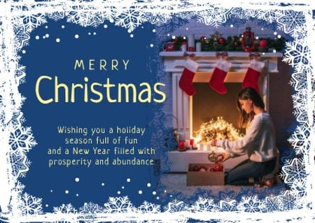 Plantilla de diseño de Merry Christmas Greeting Woman with Presents Card
