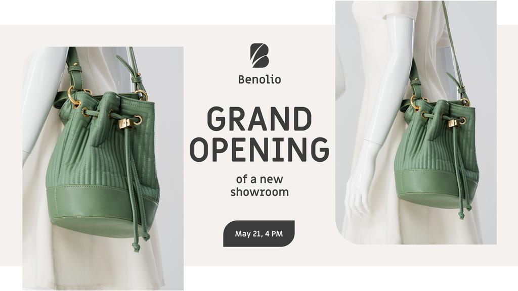 Accessories Sale woman with Green Bag – Stwórz projekt