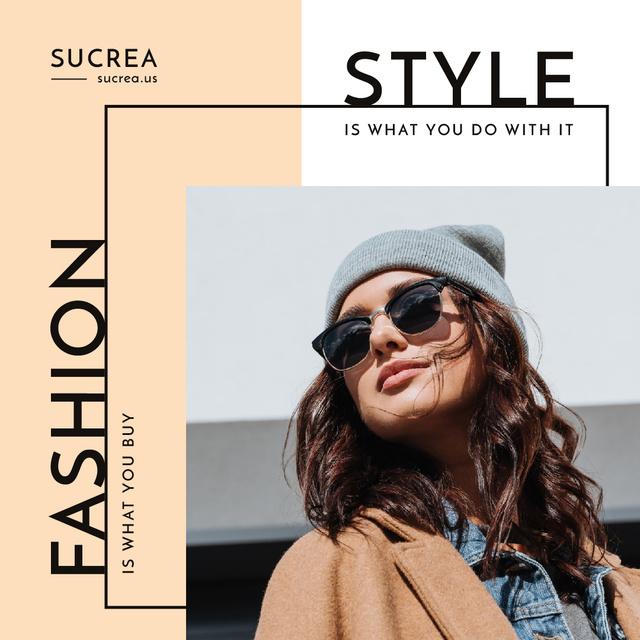 Plantilla de diseño de Style Quote Woman in Winter Outfit and Sunglasses Instagram