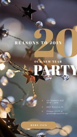 Plantilla de diseño de New Year Party Invitation with Shiny Christmas decorations Instagram Story