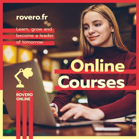 Online Courses Ad Woman Typing on Laptop in Red Instagram Modelo de Design