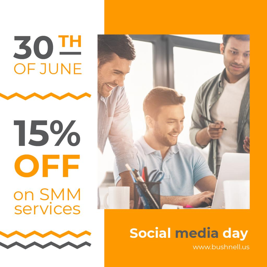 Plantilla de diseño de Social Media Day Offer Team Working by Laptop Instagram