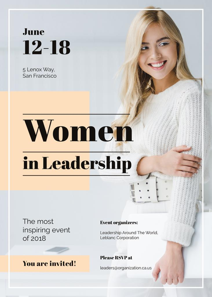 Confident smiling woman at Leadership event — Créer un visuel