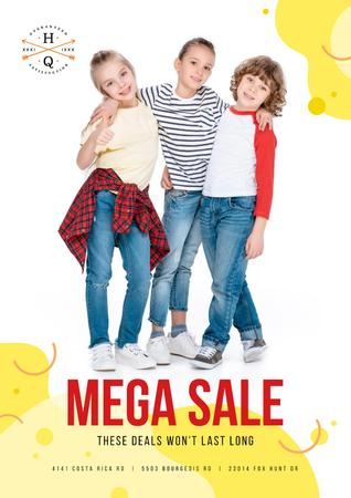Clothes Sale with Happy Kids Posterデザインテンプレート