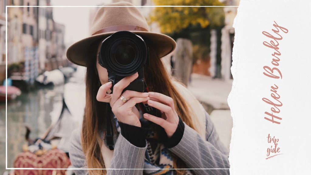 Woman with camera in city — ein Design erstellen