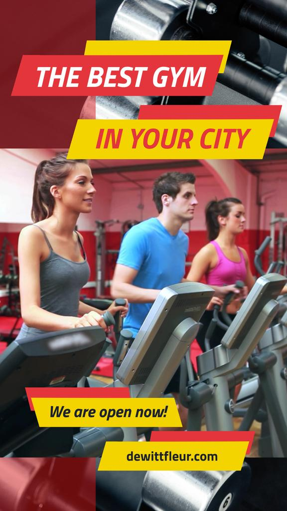 Gym Ticket Offer with People on Treadmills — Створити дизайн