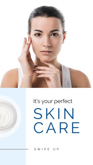 Ontwerpsjabloon van Instagram Story van Skincare Offer with Tender Woman