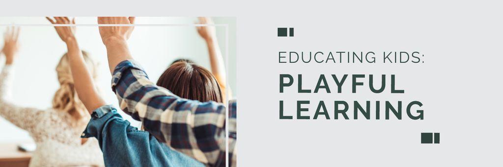 Education Program Students in Classroom — Modelo de projeto