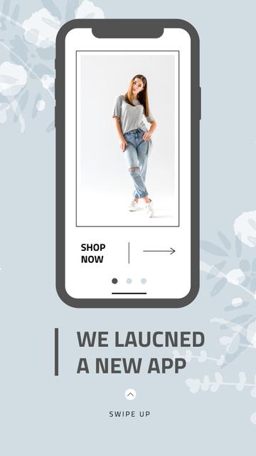 Online Shop Ad with Stylish Woman on Screen Instagram Story Πρότυπο σχεδίασης