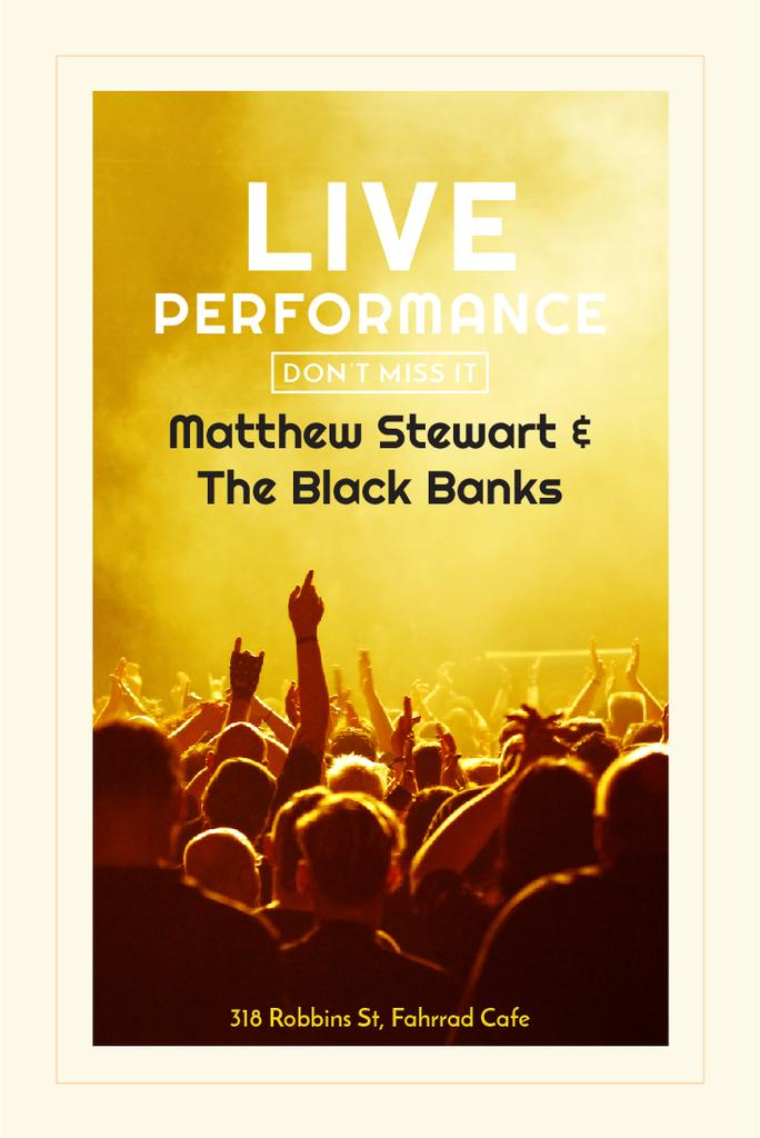 Music Fest Invitation with Crowd at Concert — Maak een ontwerp
