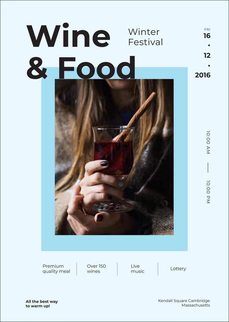 Woman holding mulled wine at Food festival — Создать дизайн