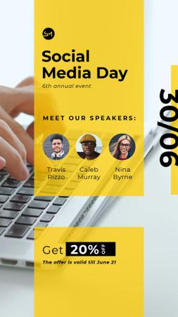 Social Media Day Conference Hands Typing on Laptop Instagram Video Story Modelo de Design