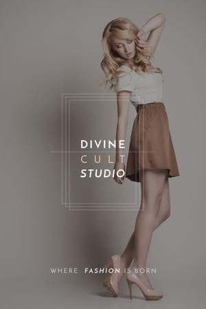 Modèle de visuel Beauty Studio Ad with Beautiful Blonde - Pinterest