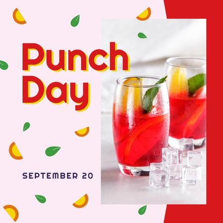 Ontwerpsjabloon van Instagram van Punch drink day on Fruits pattern