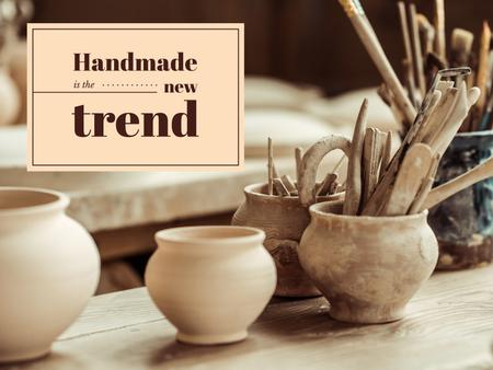 Ontwerpsjabloon van Presentation van Handmade Trends Pots in Pottery Studio