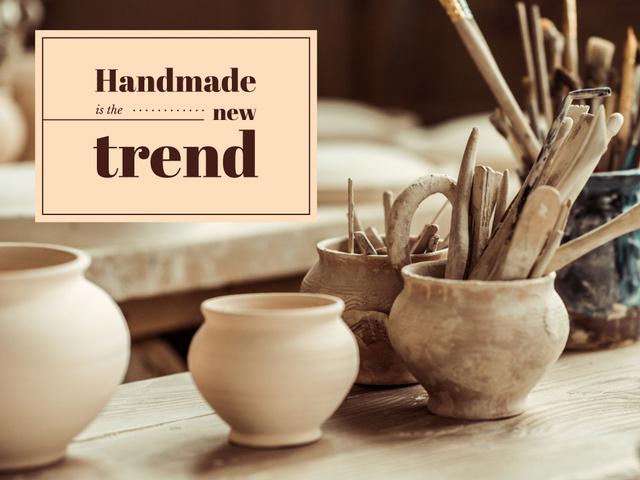 Handmade Trends Pots in Pottery Studio Presentation – шаблон для дизайна