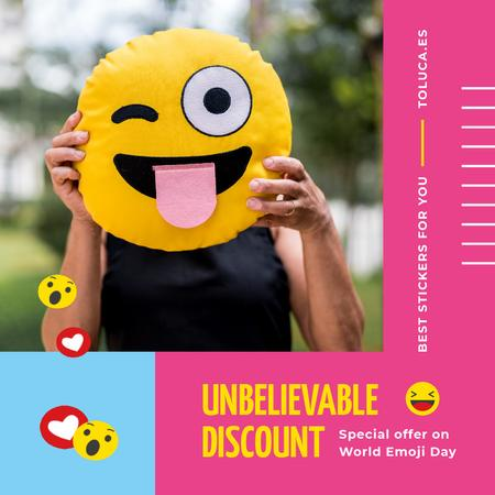 World Emoji Day Offer with Girl Holding Funny Face Animated Postデザインテンプレート