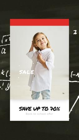 Back to School Sale Smiling Girl in Shirt Instagram Video Story Modelo de Design